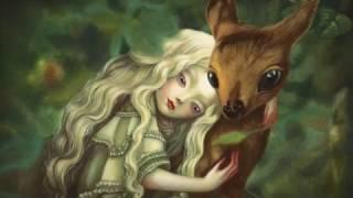Alice - De l\'autre côté du miroir - Bande annonce - ALICE - MÉTAMORPHOSE