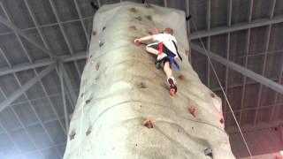 preview picture of video 'Finally to the top of the Rock Wall'