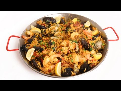 Homemade Paella Recipe – Laura Vitale – Laura in the Kitchen Episode 586