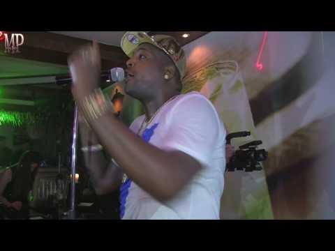El Micha - Contéstale (Live)
