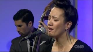 Ria Hall Quartet: I Cover The Waterfront