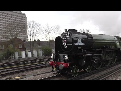 LNER A1 60163 'Tornado' at Woking with the 'Belmond British …