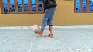 Football juggle (Barefoot)