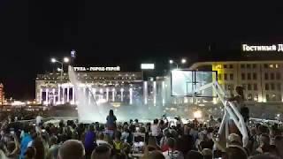 Новости Тулы: на площади Ленина прошло шоу «летающих людей»