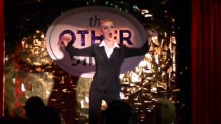 Annie Lennox - River Song-Redd 8/9/2013