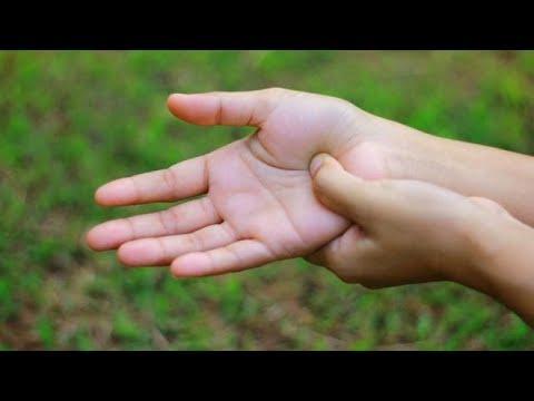 Donna con Turangi lila Video