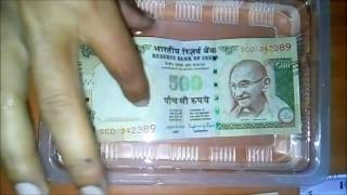 Quality Test Indian old and new 500 and 2000 Rupee Notes Quality testing in water