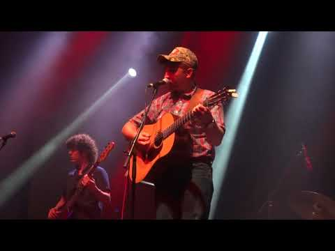 """Tyler Childers """"Country Squire"""" - Jannus Live, St Pete, FL 5/9/2019"""