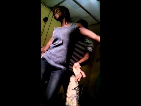 Skelewu......mz crew dance..