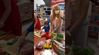 Novinky / Beseda s Tinkou Karmažín  - video