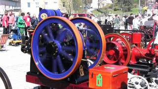 preview picture of video 'Hofherr Schrantz Clayton Shuttleworth Stationärmotor - Old Stationary Engine'