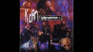 """Video thumbnail of """"KORN-FALLING AWAY FROM ME (UNPLUGGED)"""""""