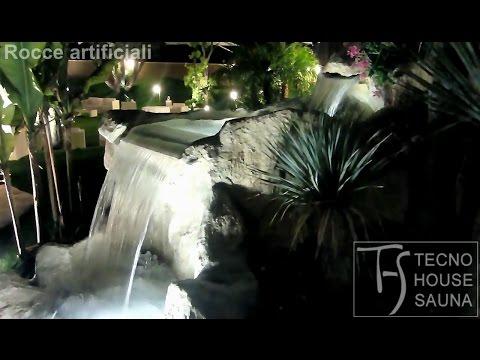 Rocce artificiali con cascate e laghetto artificiale