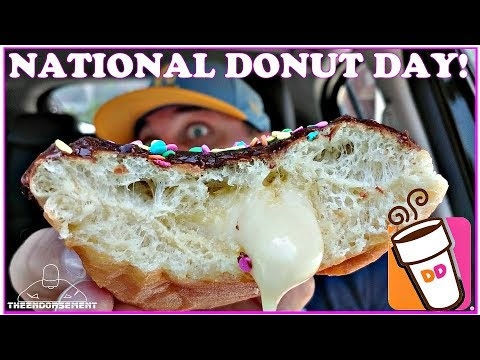 DUNKIN' DONUTS® VANILLA CAKE BATTER DONUT REVIEW | NATIONAL DONUT DAY
