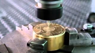 Grawerowanie medali/monet w mosiądzu – Frezarki CNC Seron