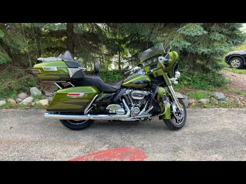 2017 Harley-Davidson CVO™ Limited in Muskego, Wisconsin - Video 1