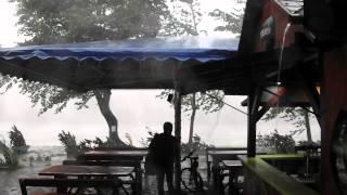 preview picture of video 'Döbbenetes vihar a Körös-torokban 2014. 08. 05. (2.)'