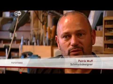 Schmuck aus Porzellan - von der deutschen Manufaktur Nymphenburg | Euromaxx