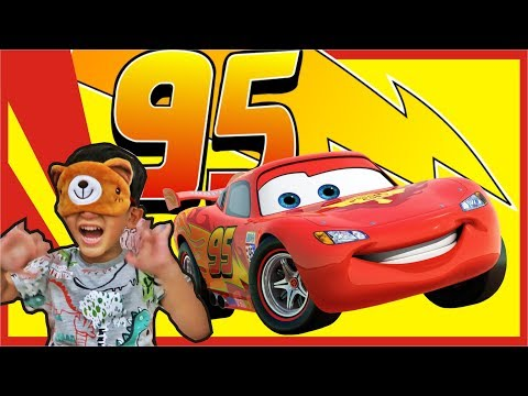 CARS 3 TOYS SURPRISE EGGS OPENING LIGHTNING MCQUEEN