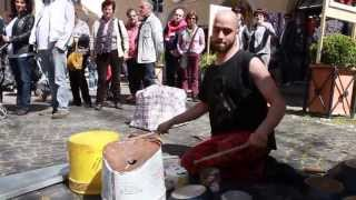 preview picture of video 'Dario suona tutto - Street Drumming'