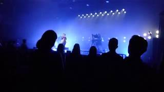 "CHVRCHES: ""God's Plan"" (Live @ Sydney Opera House, 07/01/19)"