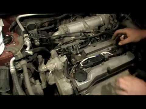 Фото к видео: Замена двигателя Mazda ZL-VE