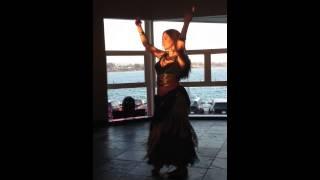Kira Starfire Improv To Pare Ta Hnaria Mo