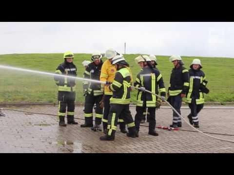 D-Schlauch: Feuerwehr teilt Wissen