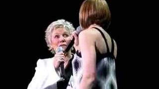 Anne Murray Halifax Concert 2008 mini clip,duet with daughte