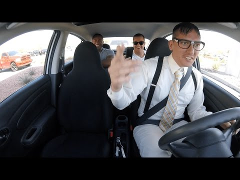 Videos - Geeky Uber driver surprises his passengers with his rapier skills!