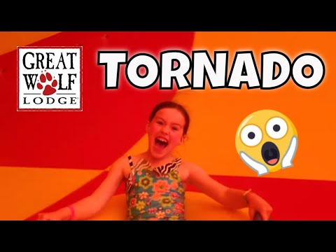 GREAT WOLF LODGE WATER PARK VLOG: HOWLIN TORNADO! TRAVEL REVIEW!
