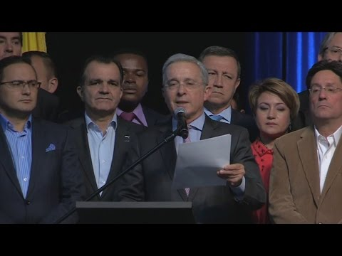 Expresidente Álvaro Uribe reitera sus críticas a Santos y a Venezuela