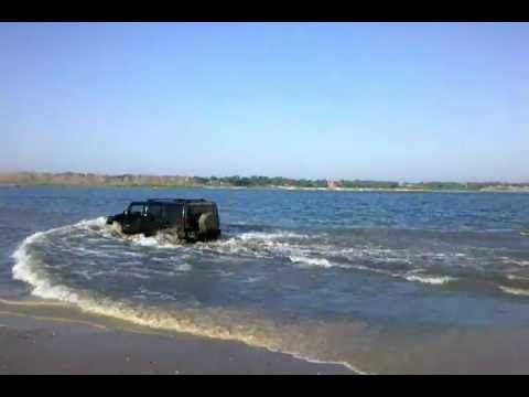 H2 Hummer In 4ft Lake Water MUST SEE Mp3