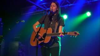 <b>Brooke Annibale</b>  Answers Live In Boston