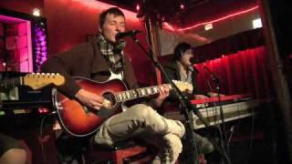 "On The Verge: Eye Alaska Perform ""My Soul, My Surrender"""