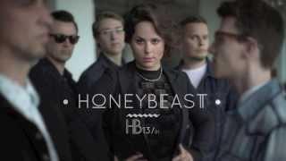 HONEYBEAST – Maradok | Lyric Video