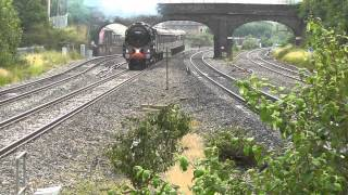 preview picture of video 'Steam Train: 70013 Oliver Cromwell, The Cotswold Venturer, 7 Jul 2012, West Drayton'
