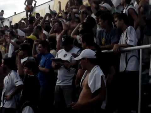 """""""All Boys - De chiquito me enseñaron a quererte"""" Barra: La Peste Blanca • Club: All Boys"""