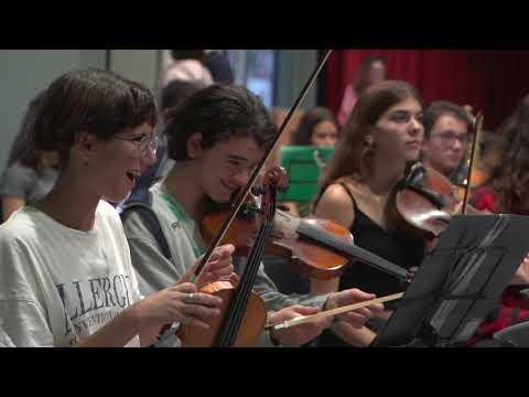 Inspire 1.500 children through music in Greece