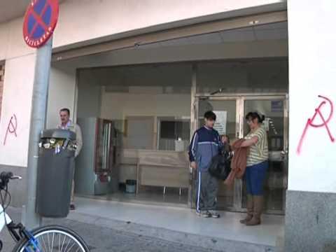 Los usuarios del  aulario de la calle Alsedo se movilizan ante nuevos recortes
