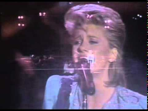 Olivia Newton John - Hopelessly devoted to you