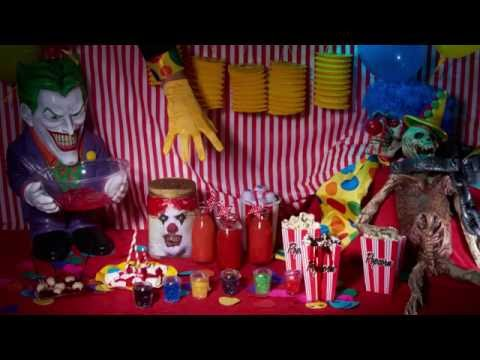 Horror circus en creepy clown decoratie voor Halloween