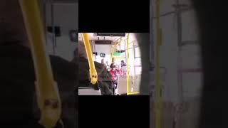 В Николаеве пенсионерку без маски выбросили из автобуса (видео)