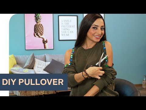 Fashion DIY: Cut-Out Oversize Pullover ~ refashion | OTTO