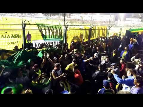"""""""ENTRA LA BANDA DE VARELA/ DYJ 3 VS RACING 2/"""" Barra: La Banda de Varela • Club: Defensa y Justicia"""
