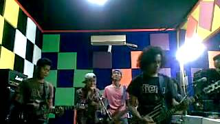 Circle Band Indonesia - Cintamu Tak Pasti