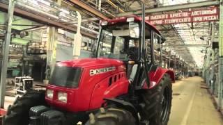 Юля Савостіна інспектує український тракторний завод  Ранок з Україною