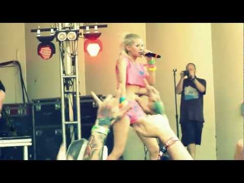Lollapalooza - Die Antwoord - Baby's on Fire (Live) HD (видео)