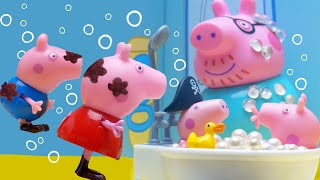 Peppa Pig's Surprise Wooden House | Peppa Pig Stop Motion | Peppa Pig Toys | Toys fir Kids