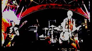 Joan Jett - The French Song ( LIVE )